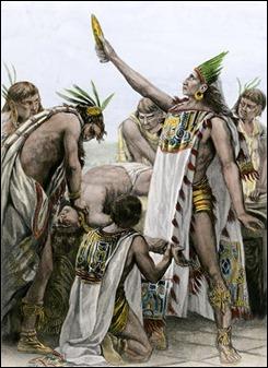 Aztec-priest-human-sacrifice-2