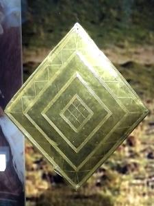gold_lozenge_from_wilsford_g5_bush_barrow
